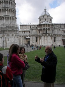 There's some TAP students at one of the Wonders - The Leaning Tower of Pisa.