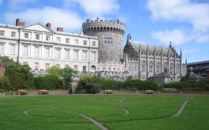 How many different architectural styles can you find in Dublin Castle?
